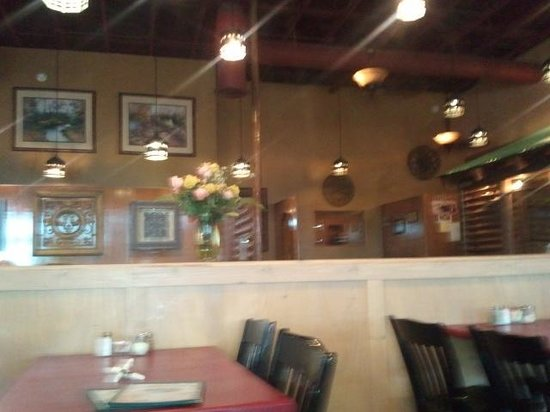 Cardos Pizza & Italian Restaurant: view from our table
