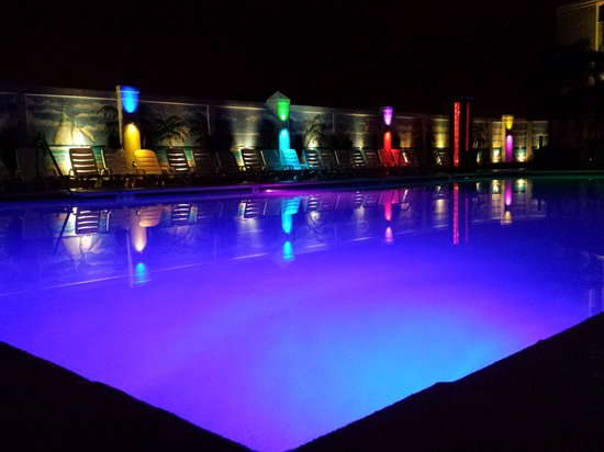 Empress Hotel: The pool at night with smartphone camera.