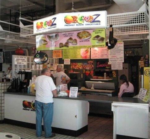 Blendz in the food court