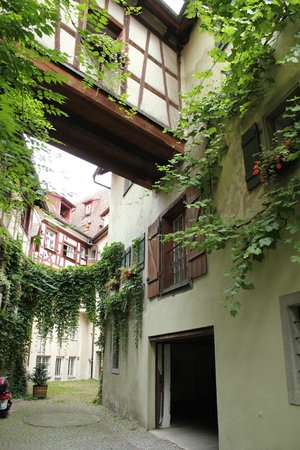 Gasthof zum Baren: room 31 has french doors that open under the skybridge