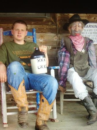 Lightning Ranch : the office porch. hillbilly deluxe!!