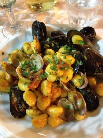Ristorante Lu Cannizzu: gnocchi ai frutti di mare