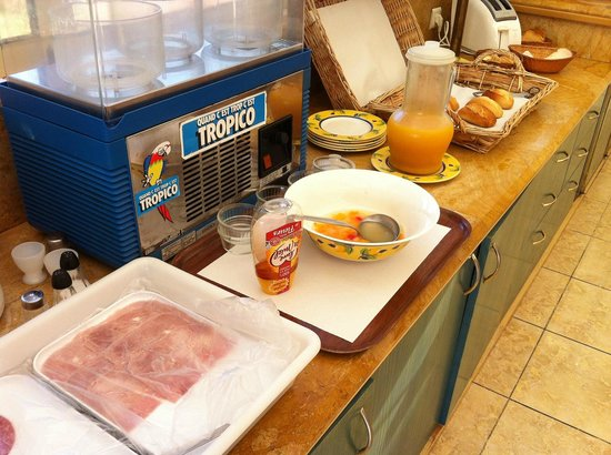 Acadia Hotel: Das karge Frühstücksbuffet...