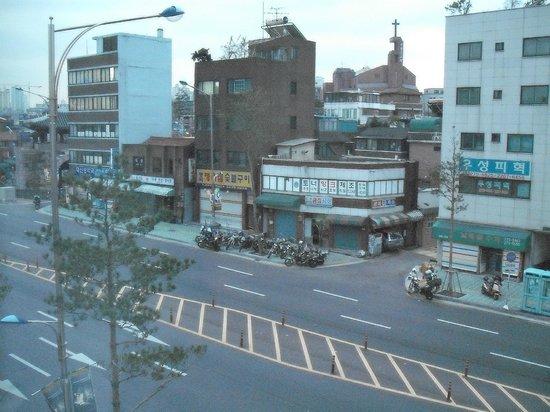 Toyoko Inn Seoul Dongdaemun: вид с номера