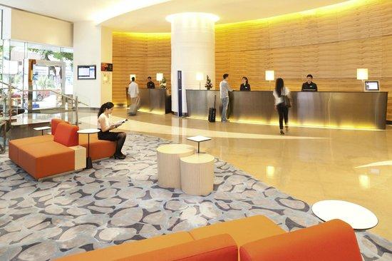 Novotel Century Hong Kong: Lobby