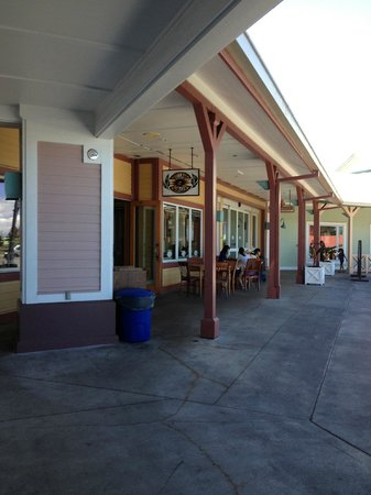Village Burger: Parker Ranch Shopping Complex