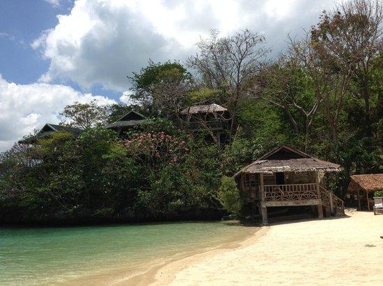 Isla Naburot: Beach and cottages