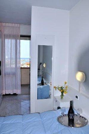 Hotel Quisisana: Particolare della camera