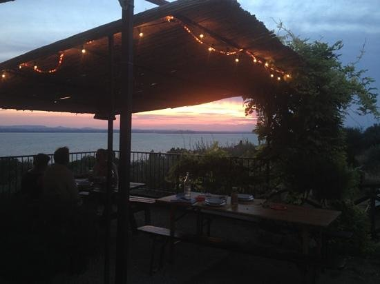 Fattoria il Poggio: sunset supper