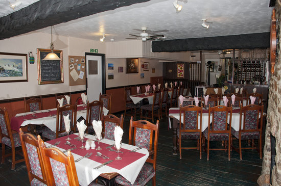 The Lusty Wench: Comfortable Dining Room