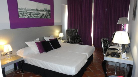 Hotel Fontecruz Sevilla Seises: camera