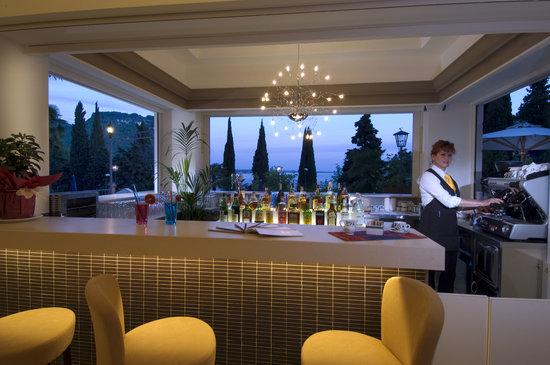Hotel Excelsior le Terrazze (Garda, Lake Garda, Italy) - Reviews ...