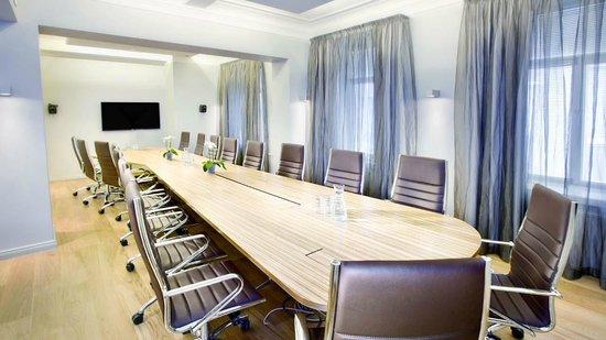 Klaus K Hotel: Stage 2 meeting room