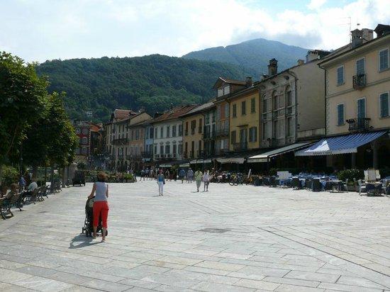 Park Hotel Villa Belvedere: Seepromenade Cannobio