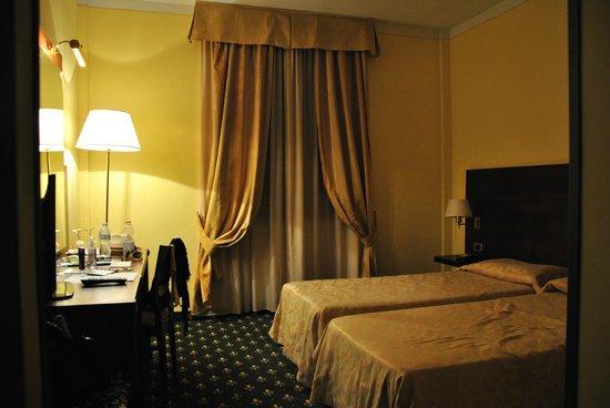 Hotel President: Очень чистый номер