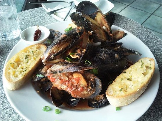 Wharfside Cafe: Local mussels