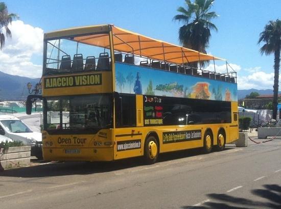 Ajaccio Vision: bus décapotable