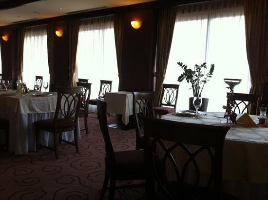 Hotel Cavaler: restaurant