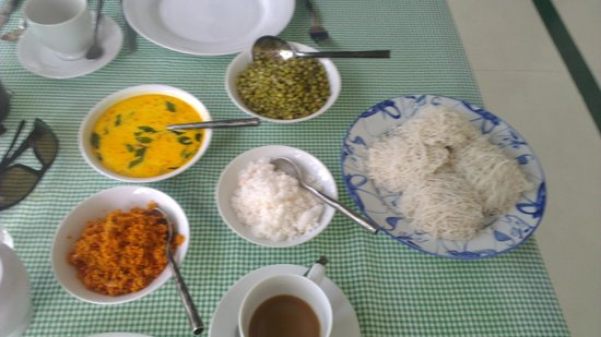 The Sun House: very nice sri lankan breakfast