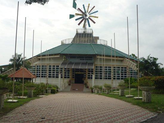 Pasir Gudang, Malaysia: The Kite Museum