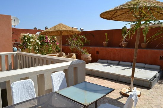 Riad Dar More: Rooftop terrace