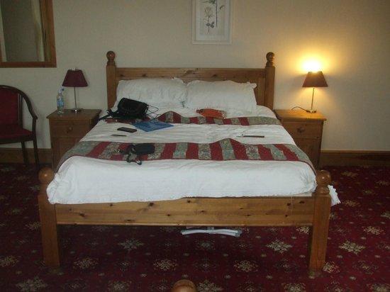 Hunters Lodge Inn: very comfy memory foam mattress