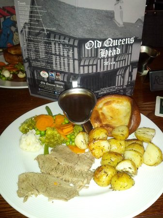 The Old Queen's Head: beef dinner