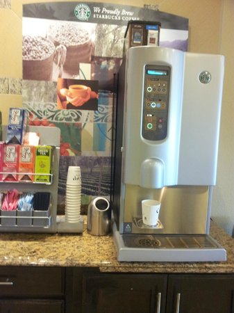 La Quinta Inn & Suites Houston Energy Corridor: Unlimited coffee