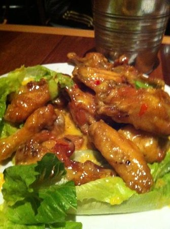 Dixie: chicken wings