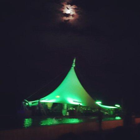 Mardan Palace: akşam tent bar