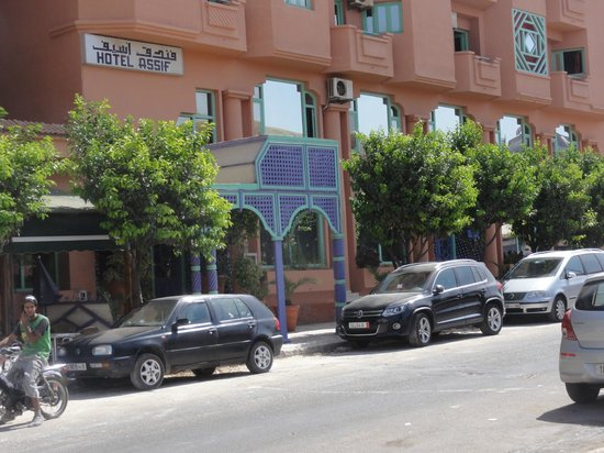 Hotel Assif : outside Hotel Safi