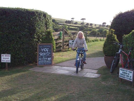 Bolberry Down: Boberry House Farm