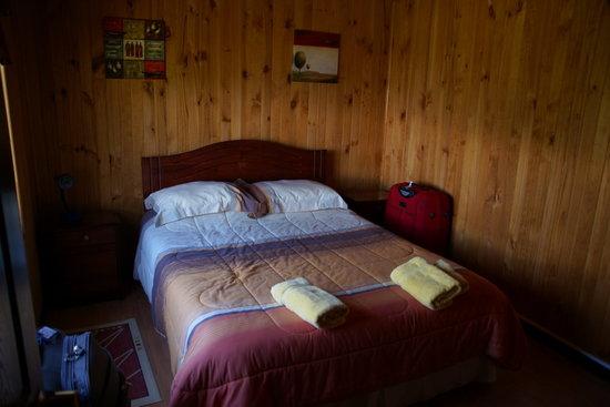 Cabañas Puerto Rosales: Habitación