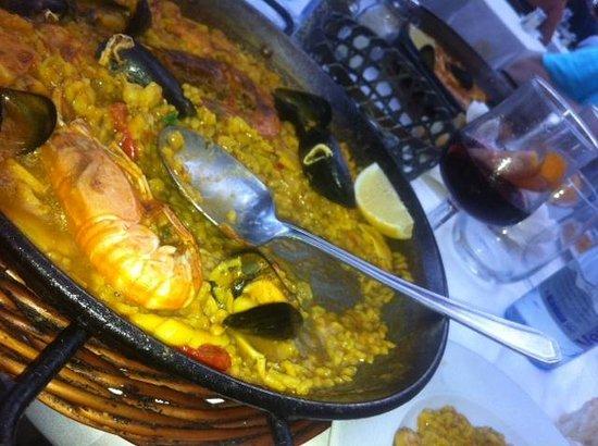 La Santa Maria: Plat de Paella pour une personne !!