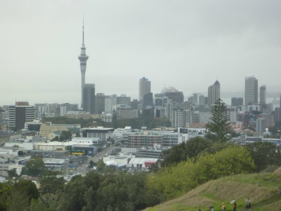 Waldorf St. Martins Apartment Hotel: View from Mount Eden volcano
