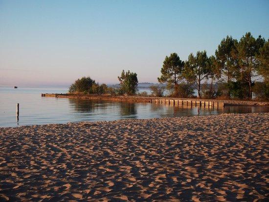 Camping Maguide : lever de soleil sur la plage de Maguide