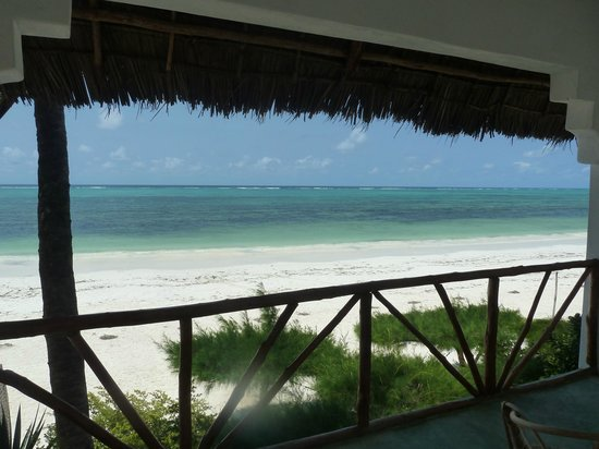 Upepo Boutique Beach Bungalows: Fantastic view from the balcony