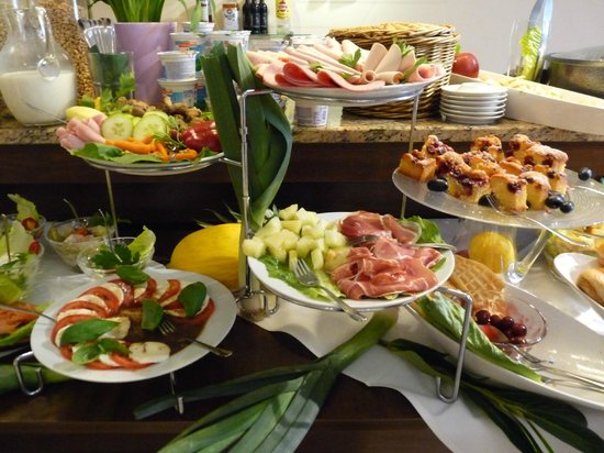 Andra Muenchen Hotel: magnifico buffet