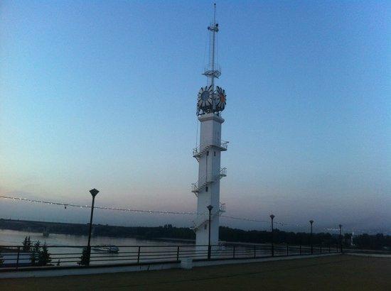 Ванильное небо: Башня - ориентир ресторана