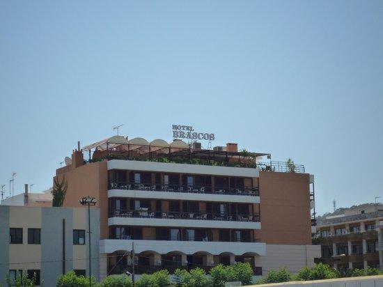 Brascos Hotel : Вид отеля с улицы