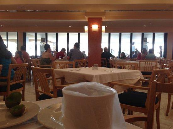 Aparthotel & Hotel Isla de Cabrera: buffet desayuno