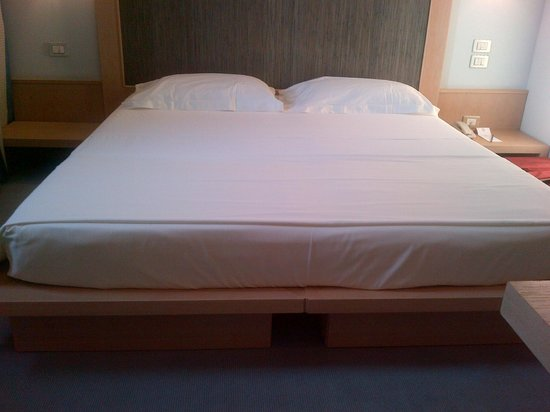 Methis Hotel: letto