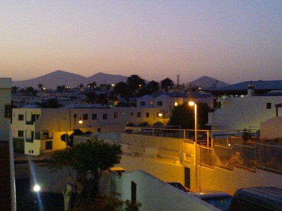 Rocas Blancas Apartments: vista notturna
