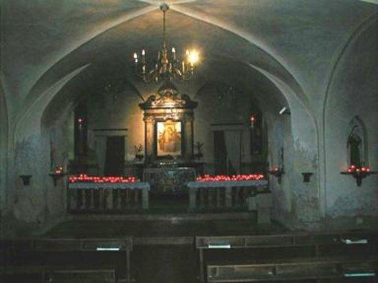 Locate di Triulzi, Italy: La chiesa inferiore.