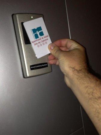 Aparthotel & Hotel Isla de Cabrera : tarjeta para entrar al hotel
