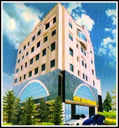 Hotel Srri Aswini Deluxe: getlstd_property_photo