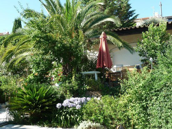 Villa Hestia : terrasse du petit-déjeuner