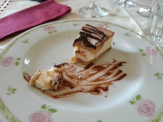 Ristoria Nonna Pappa: Tortino ricotta e pere con cioccolato caldo