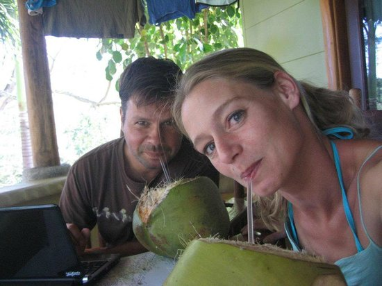 Casa Caletas: Enjoying the coconuts!