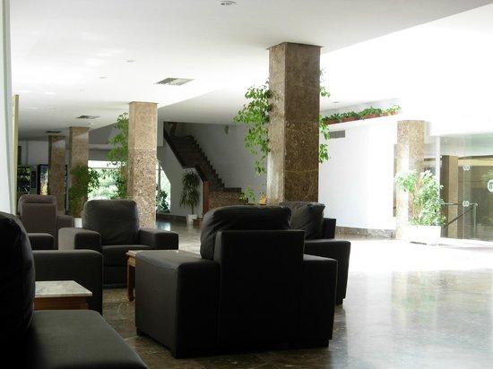 Apartments Martinique: reception